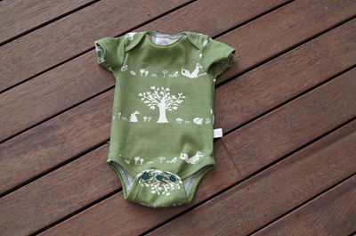 'Jamie' Onesie, short sleeves, GOTS Organic Cotton 'Forest Friends', 0-3 months