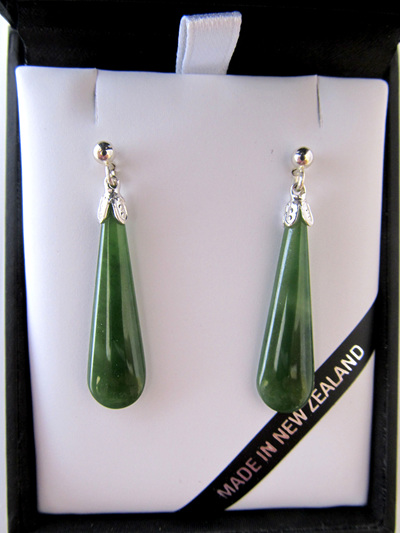 JE201S Drop-shaped greenstone earrings set in silver.