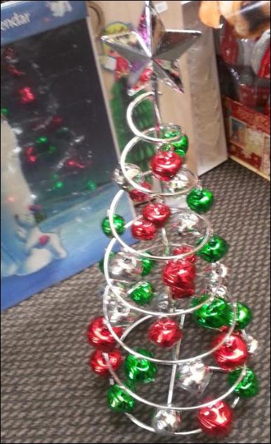 Jingle bell swirl tree