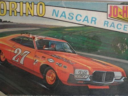 Jo-Han 1/25 Torino Nascar Racer