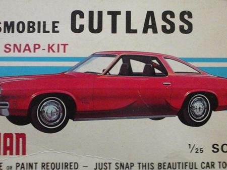 Johan 1/25 Oldsmobile Cutlass Snap-Kit