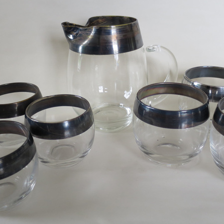 Jug and glasses silver rim