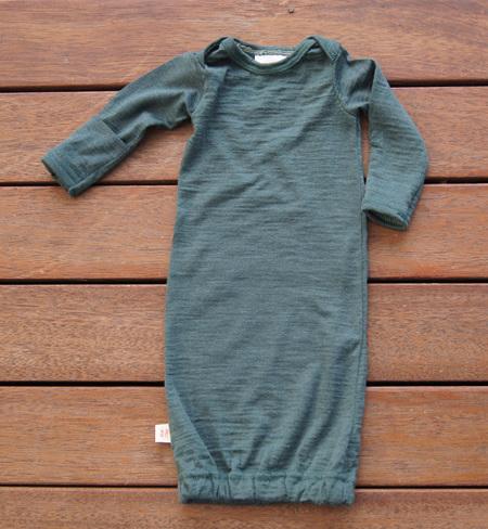 'Keegan' Sleepsack in 100% Merino 'Petral', with fold-over mittens, Prem