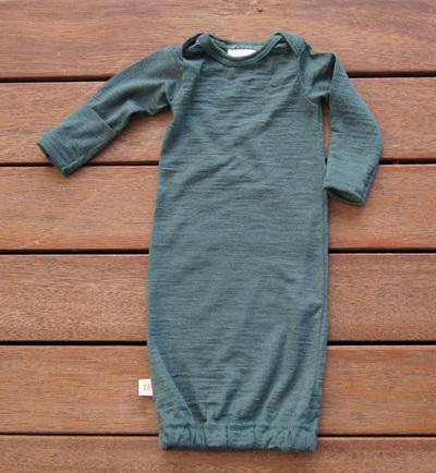 """Keegan"" Sleepsack in 100% Merino 'Petral', with fold-over mittens, Prem"