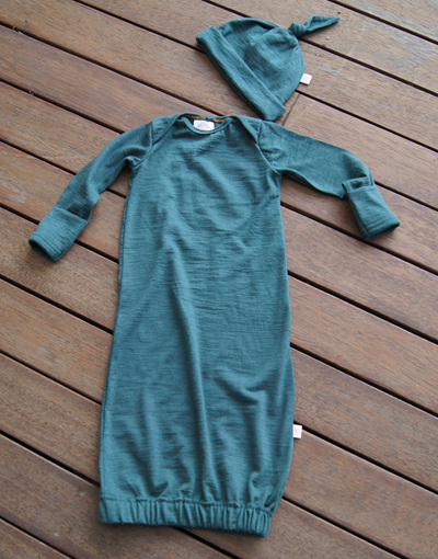 'Keegan' Sleepsack with folder-over mittens, 'Petral' 100% NZ Merino, 0-3 months