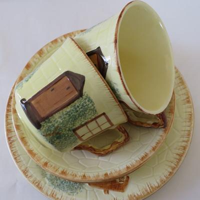 Cottage ware trios