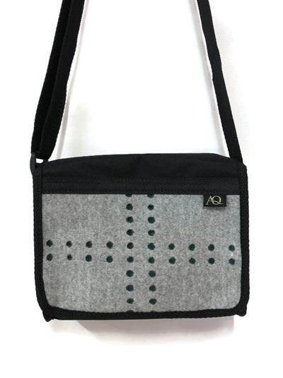 Kelpie satchel - wool combo