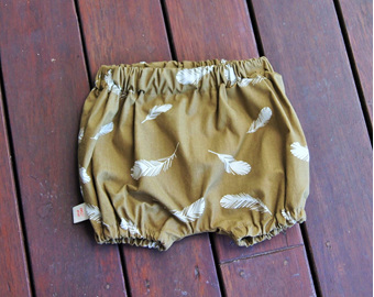 """Kensley"" Bloomers, 'Feaathers, Olive', GOTS Organic Cotton, 6-9m"