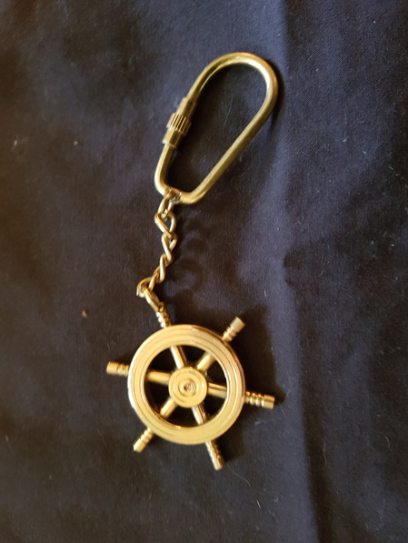Key Ring 16 - Ship's Wheel
