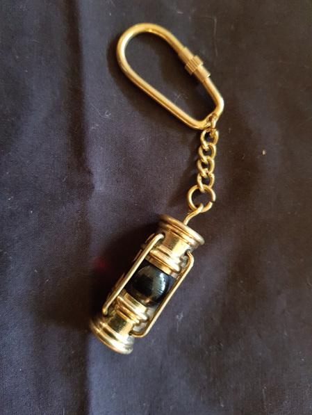Key Ring 5 - Oil Lamp