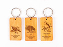 key ring with engraved bird - kauri