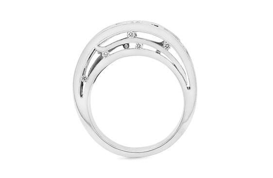 Kingfisher/Kotare Unique Diamond Ring
