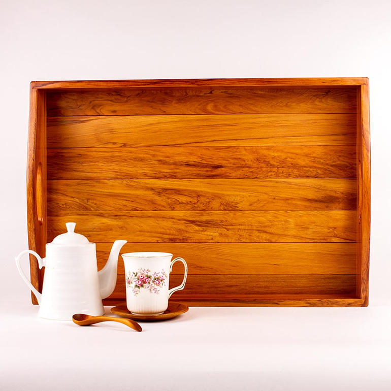 kitchen tray - heart rimu