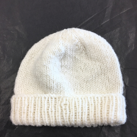 Knitted merino hat - premature baby