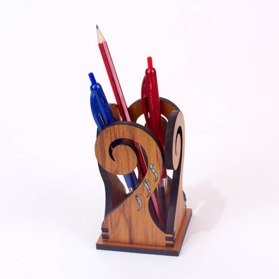 koru pen holder with pens inside