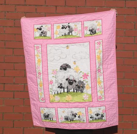 La Lamb Cot Quilt