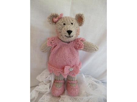 Lacey Bear Pink Kit Pattern
