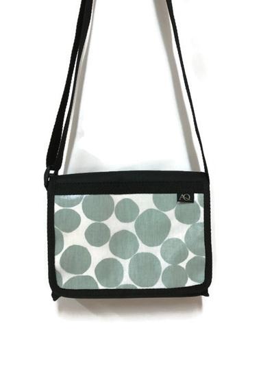 Kelpie satchel - mint circles
