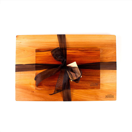 Large Chopping Board with Great NZ Cheese Board Set