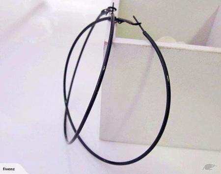 LARGE HOOP EARRINGS *BLACK*