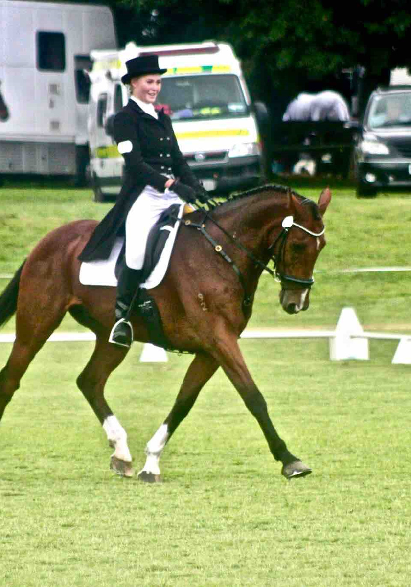 Lauren Alexander and BMW Ripley Competing in Dressage at Kihikihi CIC2*