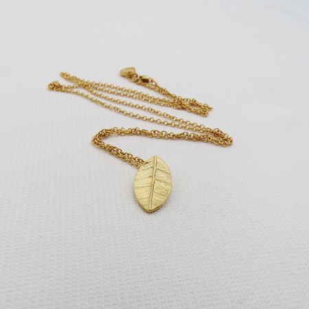 Leaf Charm Necklace - 18k Gold Plated