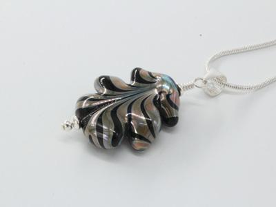 Leaf pendant - Melia on black