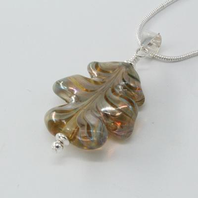 Leaf pendant - melia on clear
