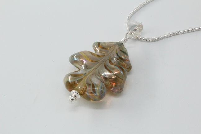 Leaf pendant - melia on clear