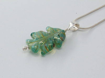 Leaf pendant - Silvered pale green