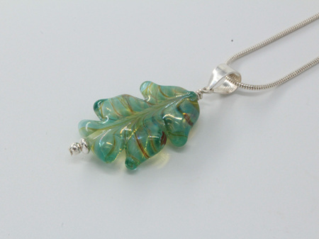 Leaf pendant - Silvered pale green