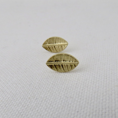 Leaf Stud Earrings - 14k Yellow Gold