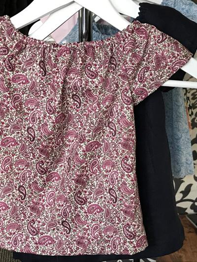 Little mushroom pink Paisley top