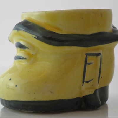 Little shoe-house egg cup