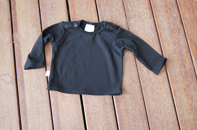 Long sleeve top with shoulder snaps, 100% NZ Merino, Black, 0-3 months