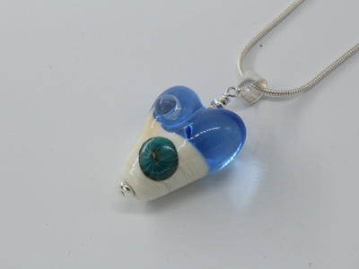 Love the beach heart pendant - pale blue