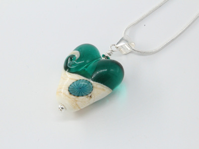 Love the beach heart pendant - teal