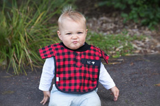 LP08 Baby Red bush shirt Bib