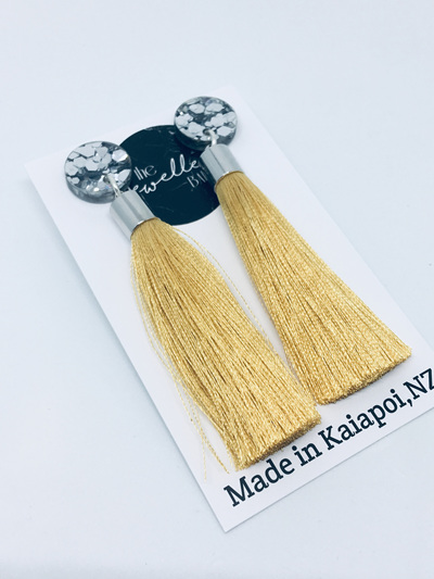 Luxe long mustard tassel with silver