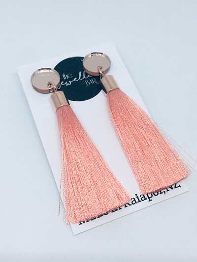 Luxe long peach tassel with rose gold mirror