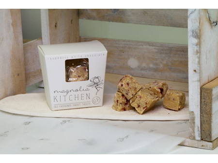 Magnolia Kitchen Fudge Box - Raspberry White Chocolate