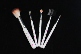 Make Up Brush Set White with Spots