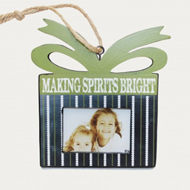 Making Spirits Bright - Frame Hanger