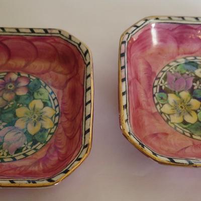 Pink thumbprint Clematis pattern