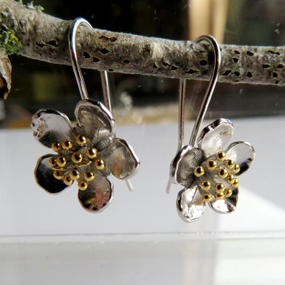Manuka Drop Earrings