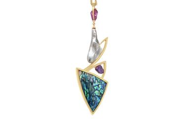 Māori Legends: Tāne Pendant - 2019 Jewellery Design Awards