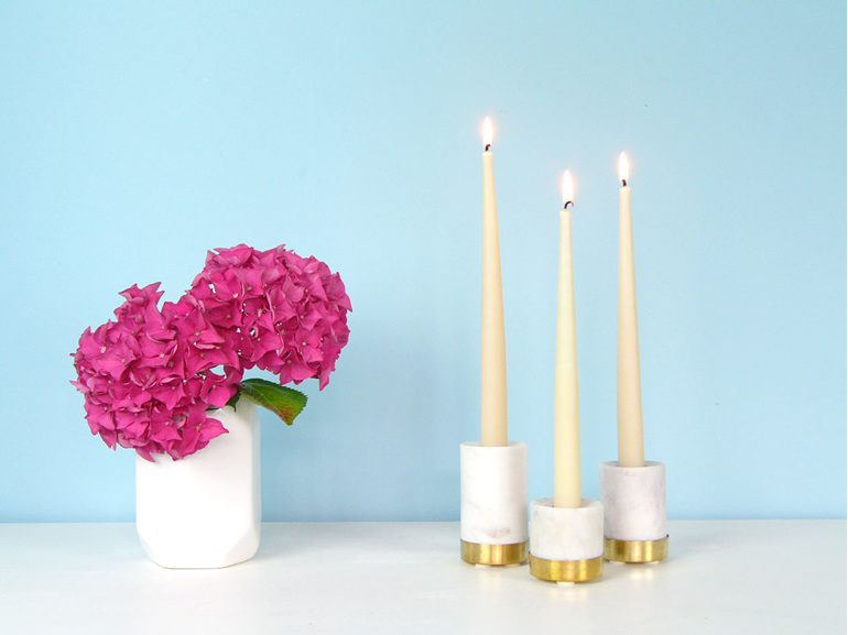 Marble and brass candle holder gift pack