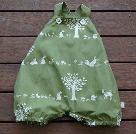 'Marlow' cross-back romper with crotch snaps, 'Forest Friends' GOTS Organic Cotton, 3-6 mths