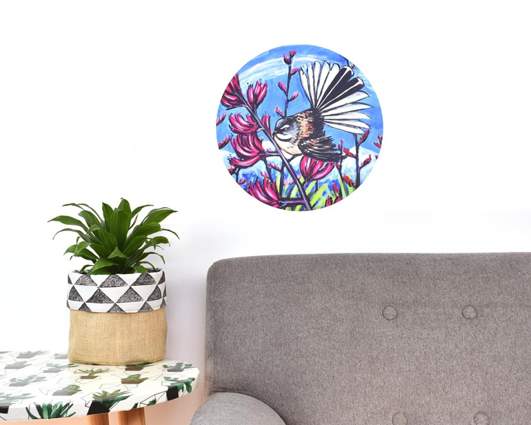Medium fantail in harakeke wall decal dot