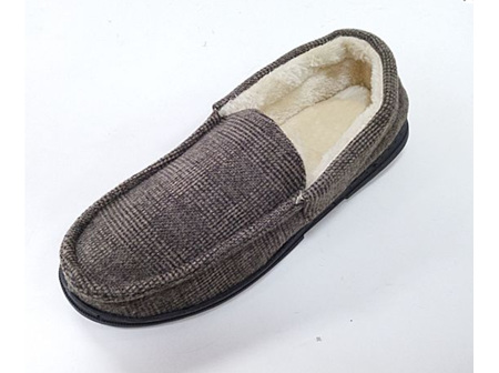 Melric Slippers Plaid Lg (11-12)